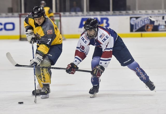 A Hockey Player With Hip Pain Treated with Stem Cell Therapy