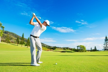 A Golfer with Knee Pain Treated with Stem Cell Therapy