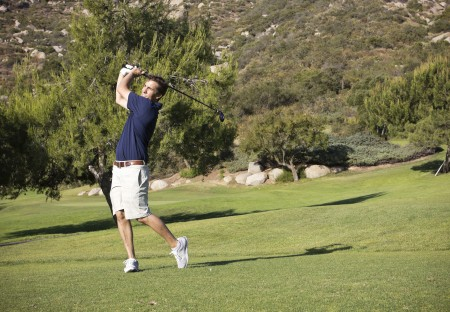 A California Golfer with Wrist Pain has Stem Cell Treatment with Dr. Lox
